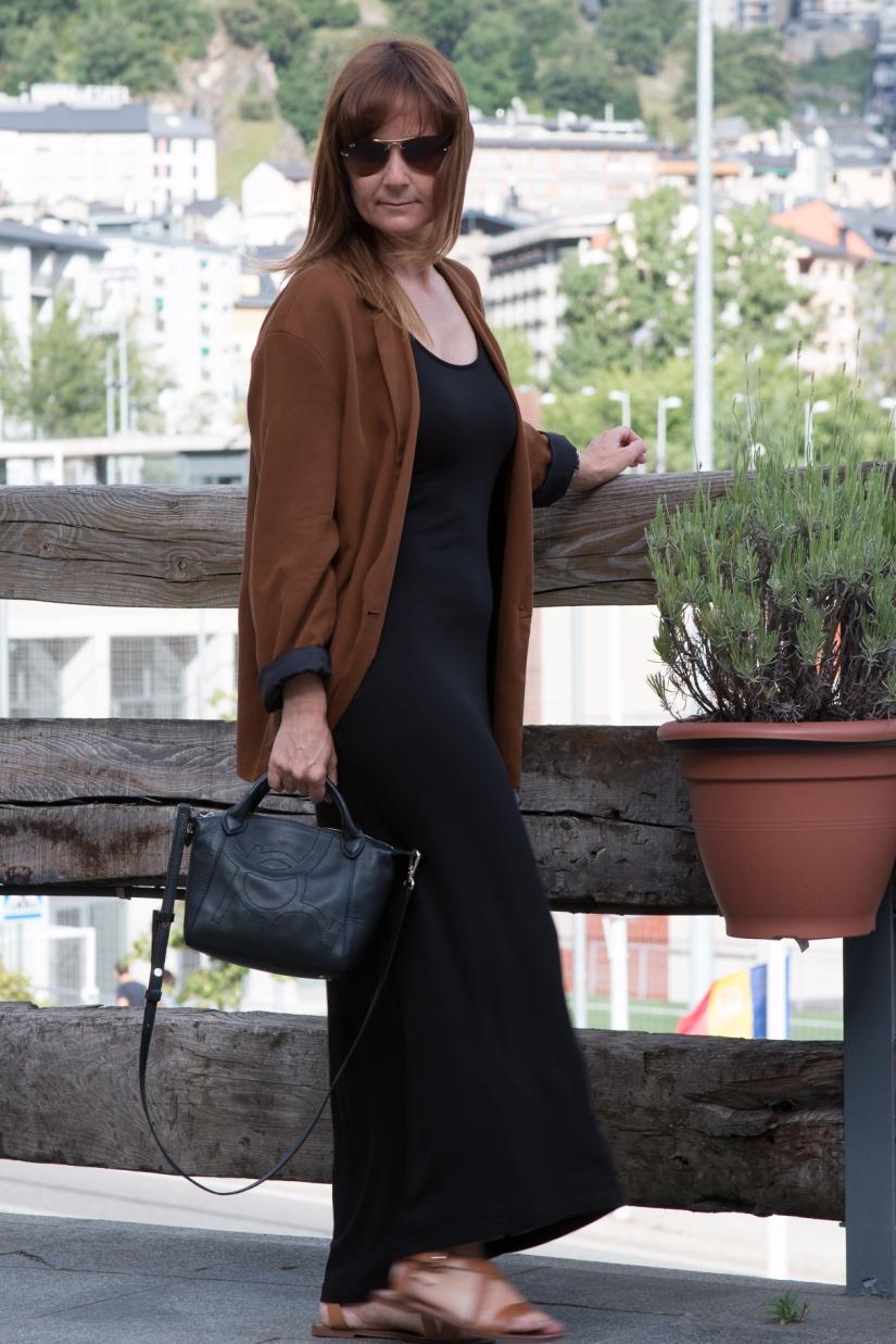 Vestido_Negro_1