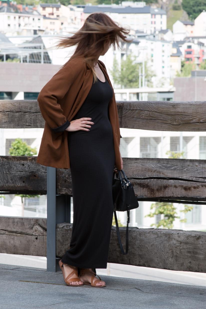 Vestido_Negro_2